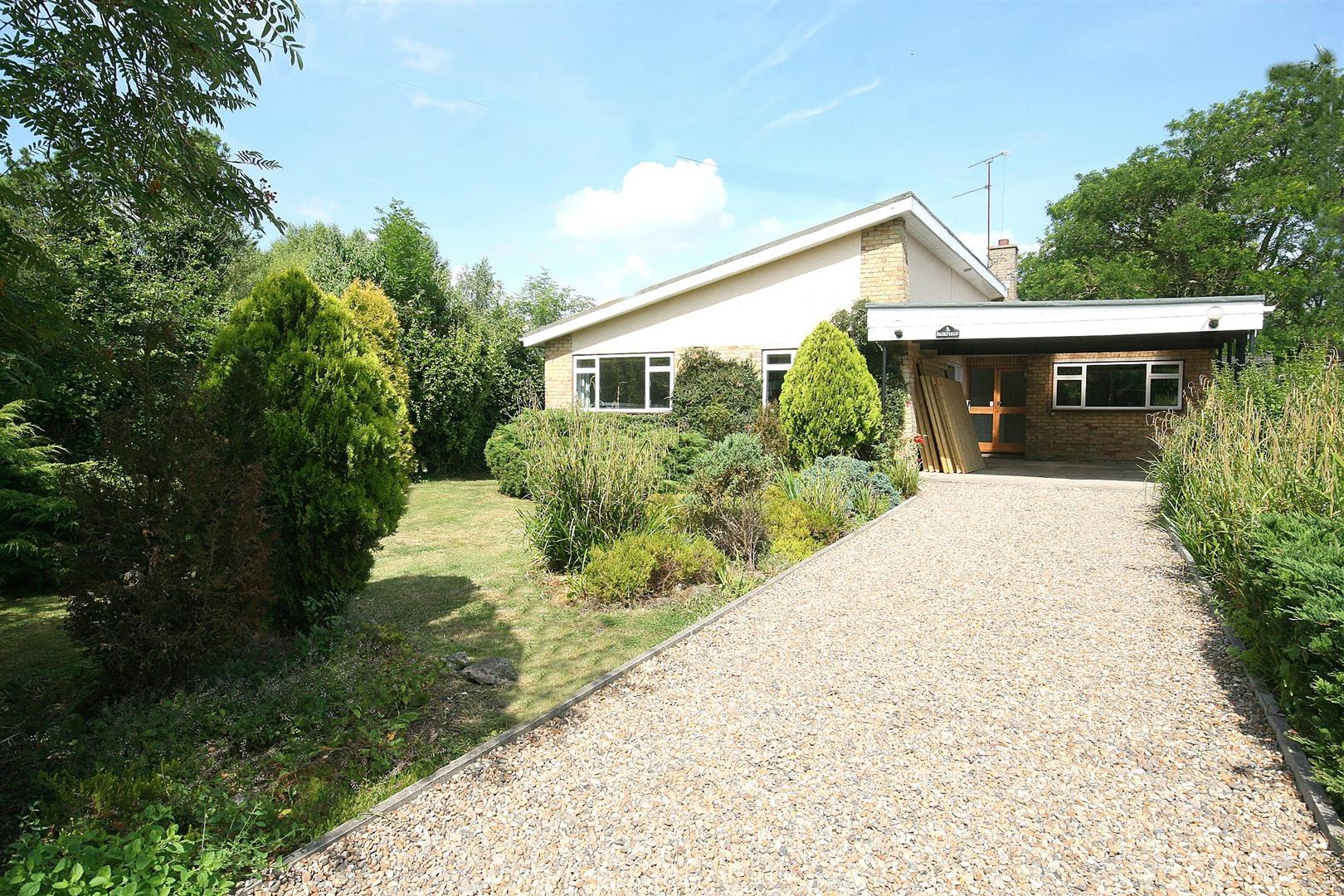 4 Bedrooms Property for sale in Fairfield, Long Marston, Herts